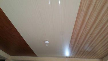 चीन 20cm एक्स 6mm फ्लैट पीवीसी छत पैनलों कोई आकांक्षा लकड़ी के डिजाइन वितरक